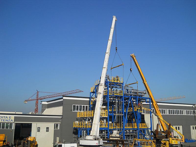 Noleggio gru per montaggio grandi impianti (foto 5)