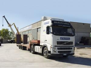 Mezzo per il trasporto di attrezzature per il sollevamento