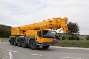 Noleggio autogru con portata fino a 130 ton. - 60 metri di altezza max