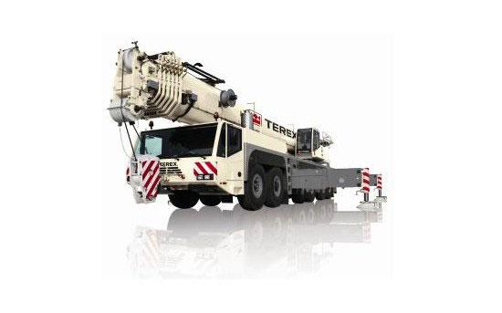 Noleggio autogru multistrada con portata 250 ton. fino a 80 metri di altezza